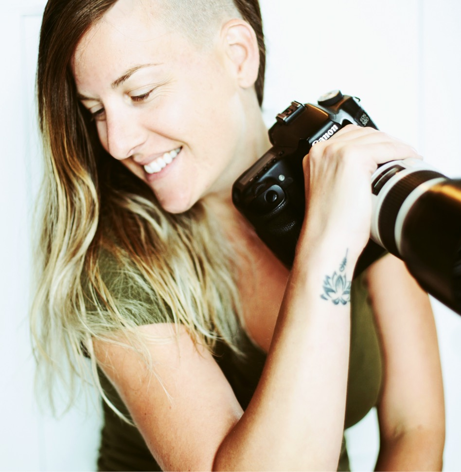 Une photographe de retour en région